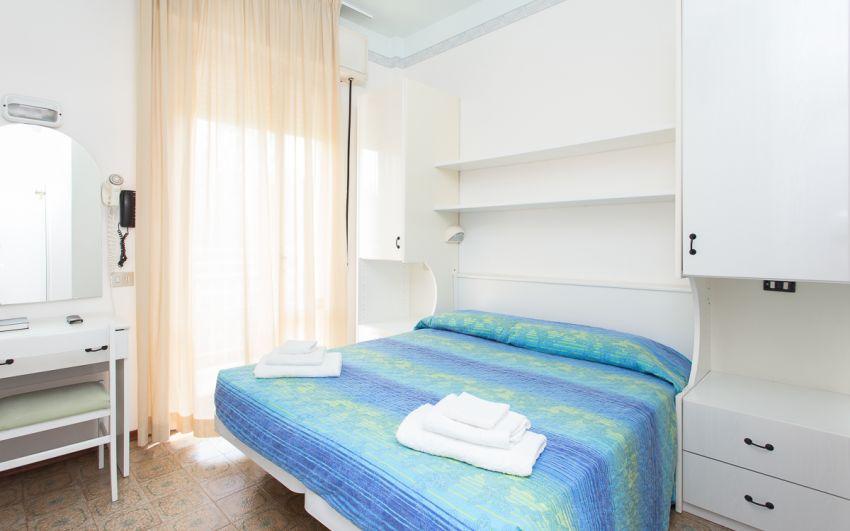 camera standard - camera matrimoniale con balcone